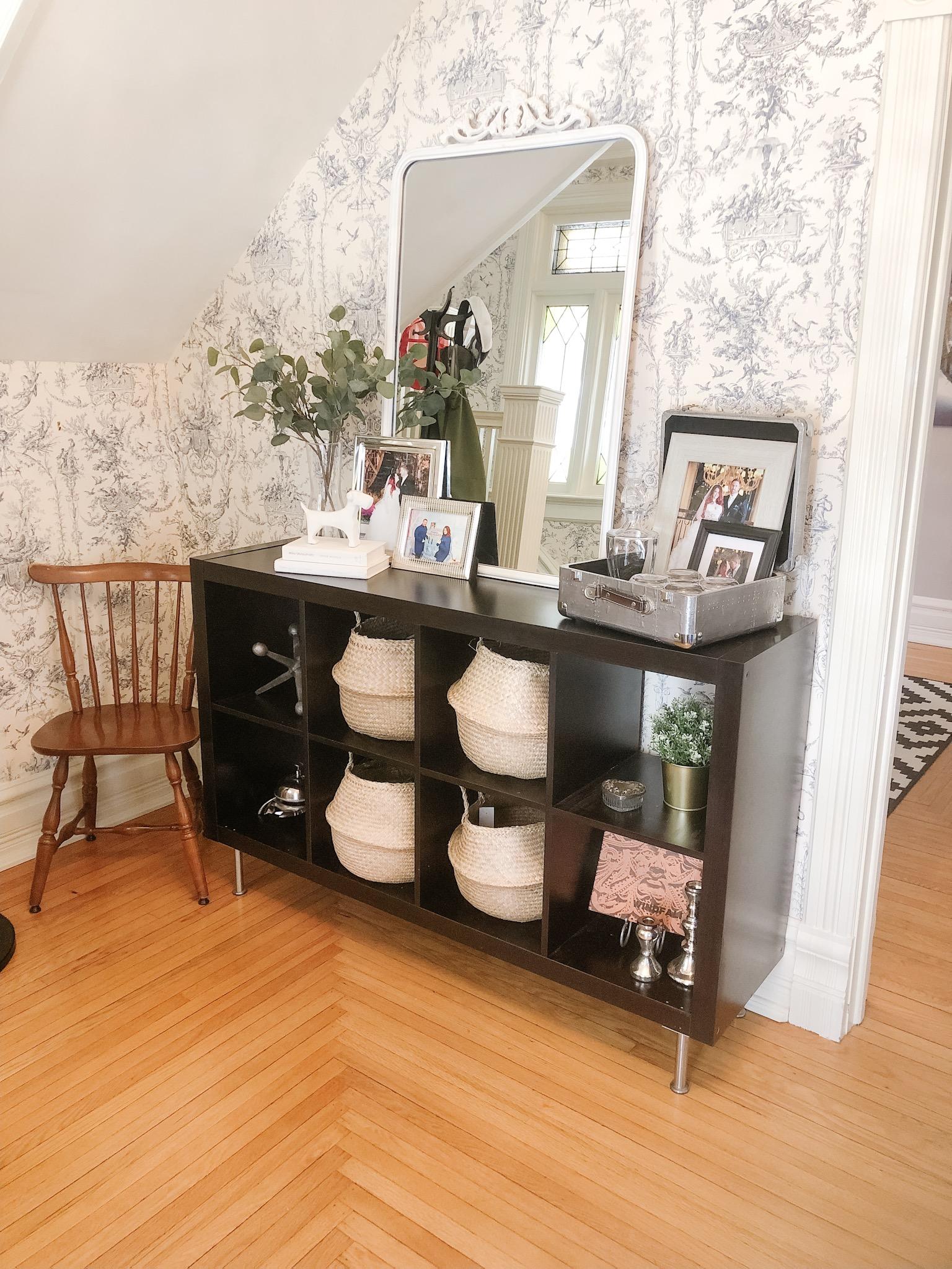 Foyer in interior decorator Heather Prestanski's chatham home